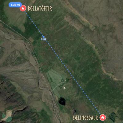 Distance between Bollatófir and Sælingsdalr